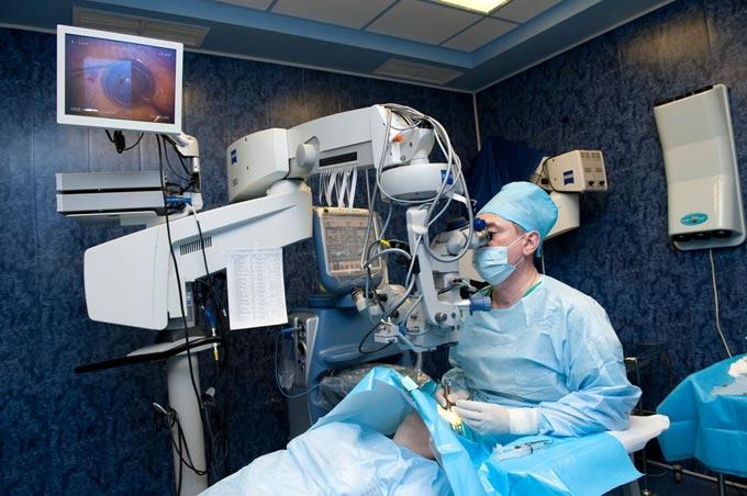 удаление катаракты лазером