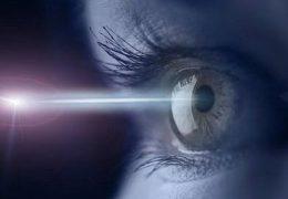 Проведение лазерной операции при глаукоме