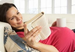 Роды при близорукости, миопия и беременность